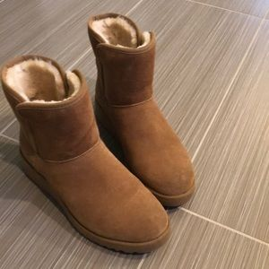 Women's Uggs Size 6.5